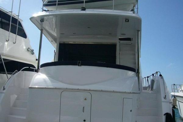 Picture Of: 60' Hatteras 60 Motor Yacht 2013 Yacht For Sale   2 of 14