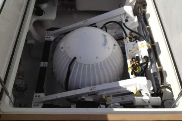 2012Viking 76 ft 76 EB Convertible    REEL POWER