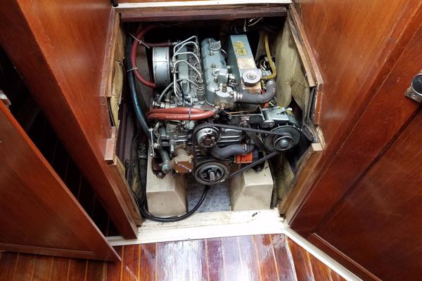 1990Catalina 34 ft 34   Sheer Bliss
