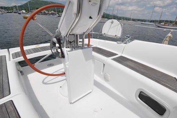 2005Beneteau 34 ft 343   Ariel