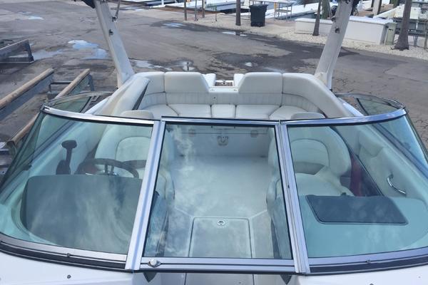 2012Regal 24 ft 2300 Bowrider