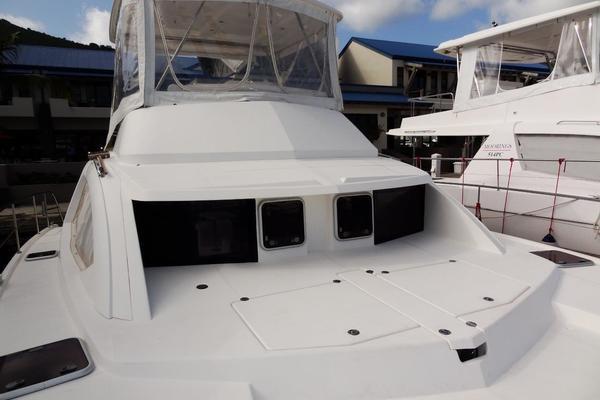 2012Leopard 39 ft 39 PC   Zarp