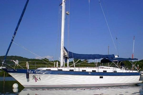 42' Lancer Yachts 42' Motorsailer 1981 | La Vita