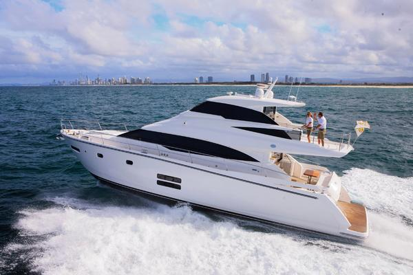 Picture Of: 65' Johnson 65 SkyLounge M/Y 2017 Yacht For Sale | 4 of 15