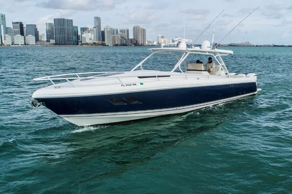 40' Intrepid 40 Cuddy Loaded 2014 | Almar