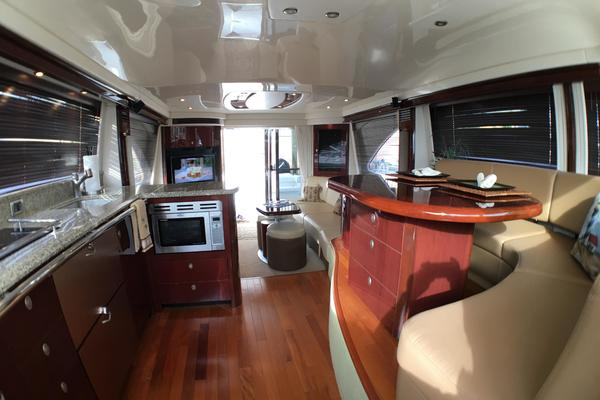 Picture Of: 58' Sea Ray 580 Sedan Bridge 2007 Yacht For Sale | 4 of 129