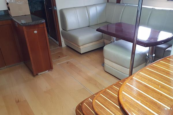 2005Sea Ray 48 ft 48 Sundancer