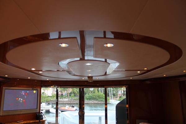 2004 Hatteras 80' 80 Motor Yacht  | Picture 5 of 74