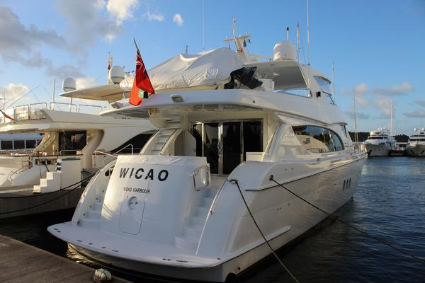 Picture Of: 80' Hatteras 80 Motor Yacht 2004 Yacht For Sale | 2 of 74