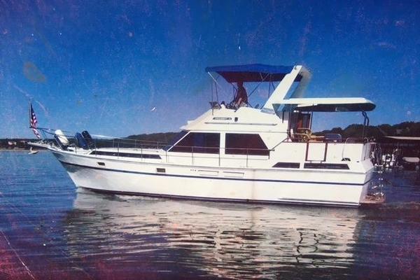 President 43' 43 Motor Yacht 1988