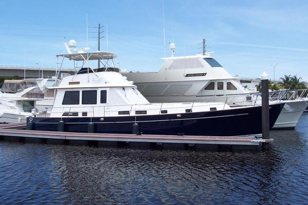 52' Legacy Yachts Flybridge Sedan 2004 | Arabella