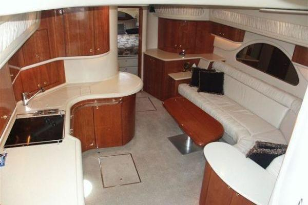 1997 Sea Ray 58' 580 Sundancer  | Picture 5 of 19