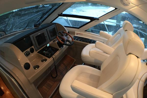 2008 Sea Ray 55' 55 Sundancer  | Picture 5 of 129