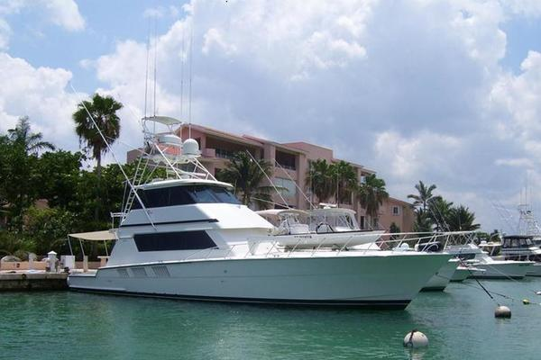 65' Hatteras Enclosed Bridge Convertible Sf 1997 | Premium