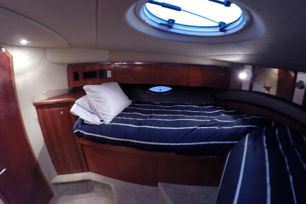 2005 Cruisers Yachts 50' 500 or 520 Express    Picture 4 of 95