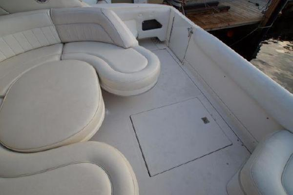 1996 Sea Ray 50' 500 Sundancer  | Picture 2 of 32