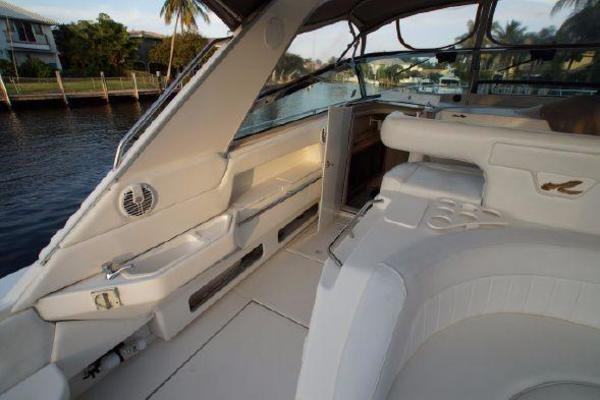 1996 Sea Ray 50' 500 Sundancer  | Picture 4 of 32