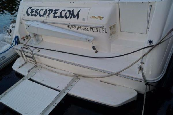1996 Sea Ray 50' 500 Sundancer  | Picture 8 of 32