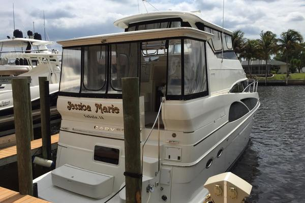 Picture Of: 46' Carver 46 / 466  HARD TOP Motor Yacht 2006 Yacht For Sale | 4 of 147