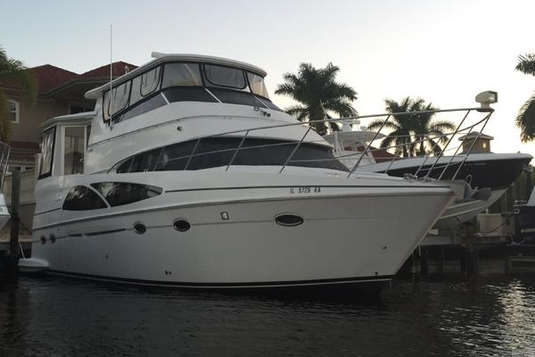 46' Carver 46 / 466  Hard Top Motor Yacht 2006 |