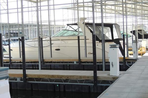 Rinker 41' 410 Express Cruiser 2004