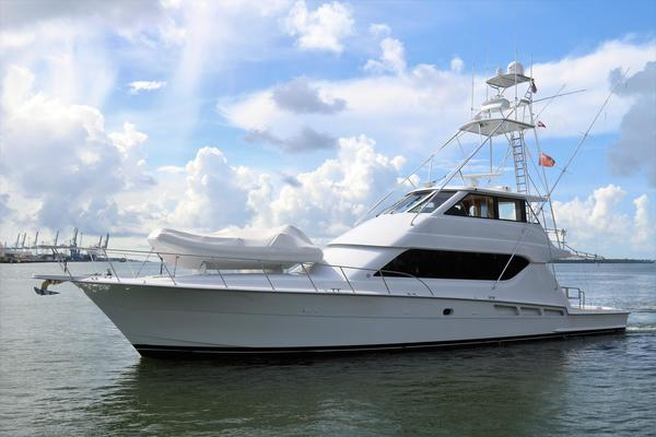 Picture Of: 70' Hatteras 70 Convertible 2000 Yacht For Sale | 1 of 57