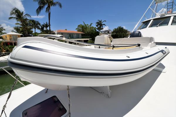 2000 Hatteras 70' 70 Convertible    Picture 7 of 57