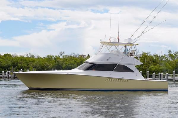 52' Viking 52 Convertible 2002 | Double Eagle