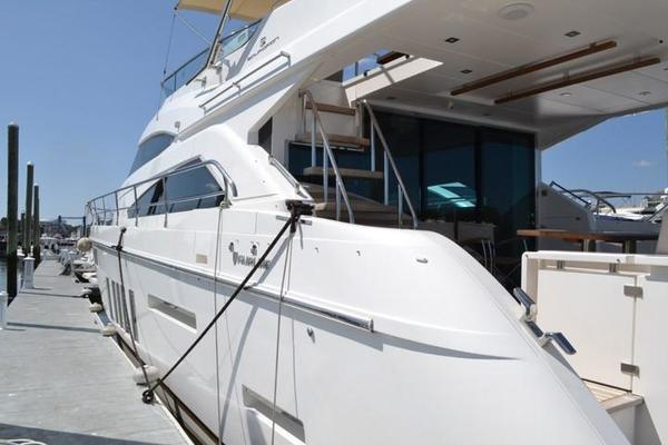 Picture Of: 65' Fairline Squadron 65 2013 Yacht For Sale | 4 of 34