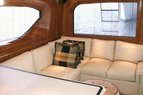 2000 Hatteras 50' Convertible Everything's Rosie | Picture 8 of 14