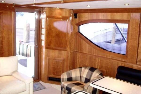 2000 Hatteras 50' Convertible Everything's Rosie | Picture 7 of 14