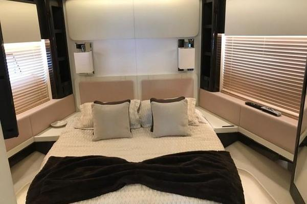 2017 Azimut 77' 77S SILVER SKY 2.0   Picture 5 of 25