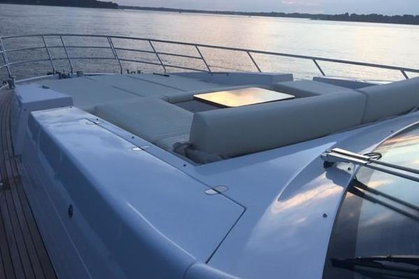 2017 Azimut 77' 77S SILVER SKY 2.0   Picture 7 of 25