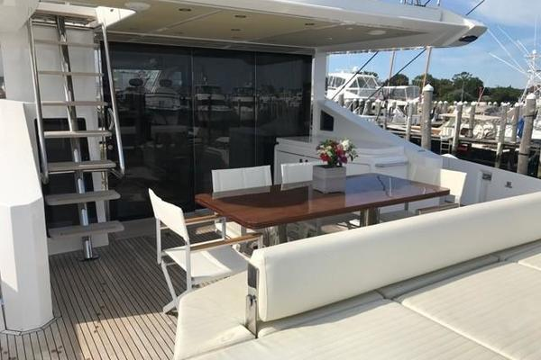 2017 Azimut 77' 77S SILVER SKY 2.0   Picture 2 of 25