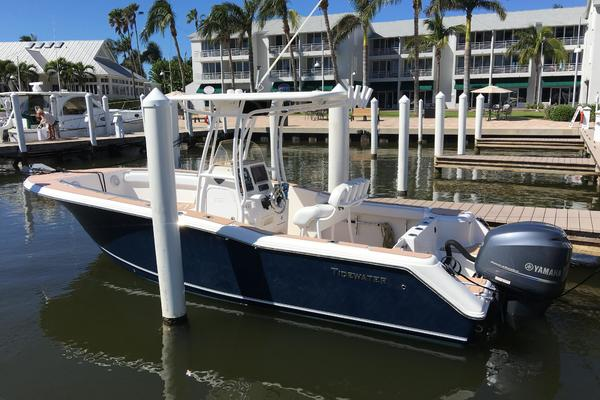2013Tidewater 23 ft 23 CC HARDTOP