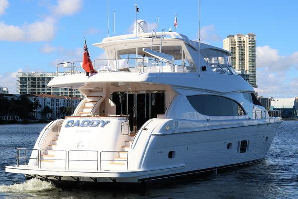 2015 Hatteras 80' 80 Motor Yacht Daddy | Picture 4 of 112