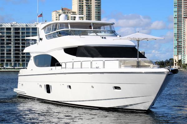 2015 Hatteras 80' 80 Motor Yacht Daddy | Picture 8 of 112