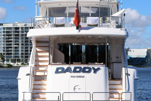 2015 Hatteras 80' 80 Motor Yacht Daddy | Picture 5 of 112