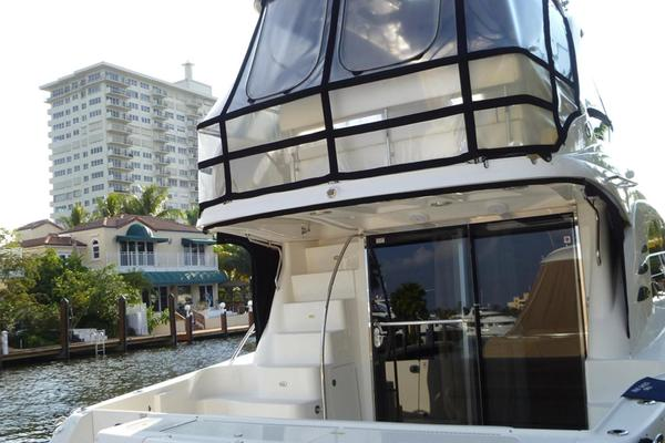 Picture Of: 52' Sea Ray SEDAN BRIDGE 2005 Yacht For Sale | 3 of 33