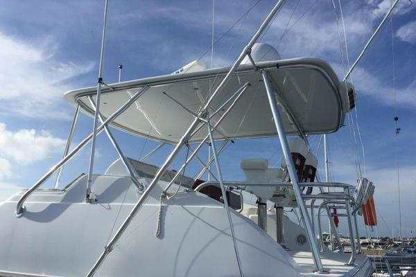 2006 Hatteras 50' 50 Convertible  | Picture 6 of 43