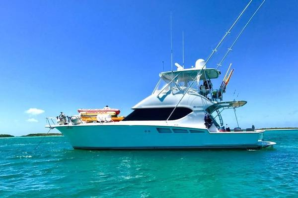 Picture Of: 50' Hatteras 50 Convertible 2006 Yacht For Sale | 2 of 43