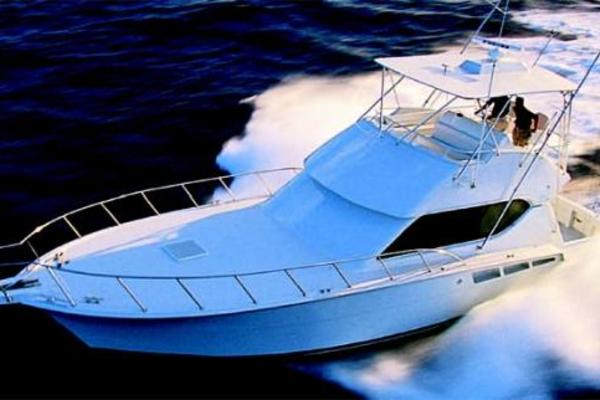 Picture Of: 50' Hatteras 50 Convertible 2006 Yacht For Sale | 3 of 43