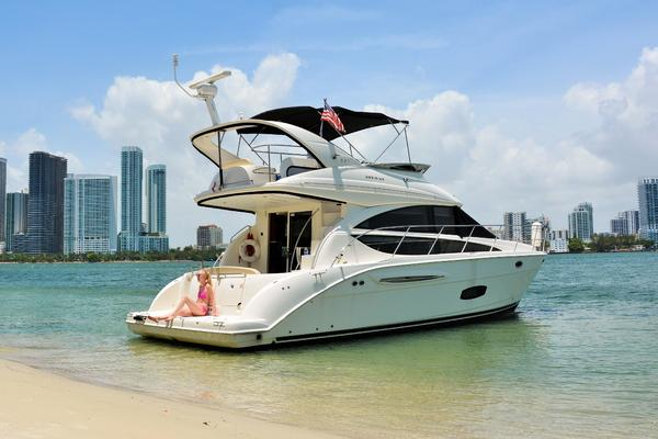 40' Meridian 391 Sedan 2011 | Sol Searchin