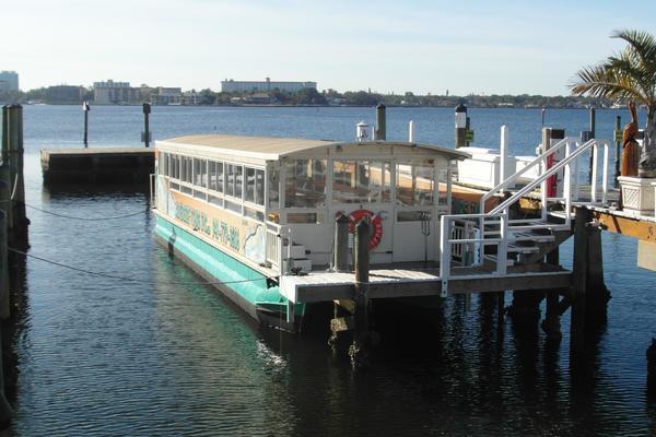 2006 Trident 4512 Touring Pontoon Boat