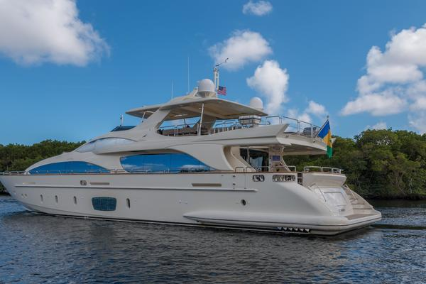 photo of 105' Azimut 105 2005