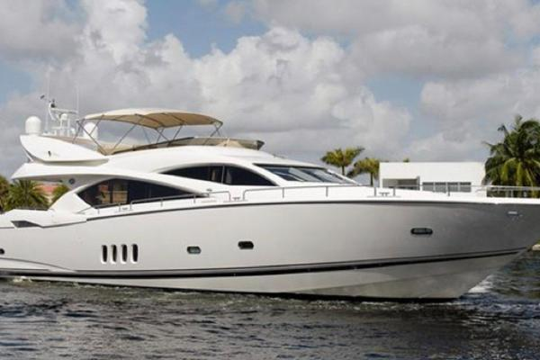 2006Sunseeker 82 ft 82   LADY DORIS