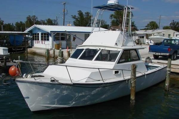 Picture Of: 31' Morgan 31 Off Shore Fishing Cuddy 1985 Yacht For Sale | 1 of 3