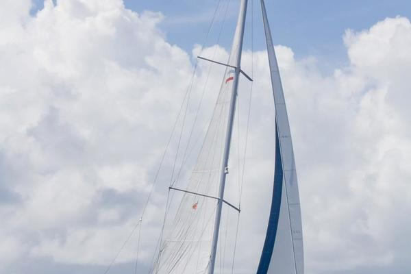 41' Beneteau Oceanis 41 2013 | Hookuna Matata