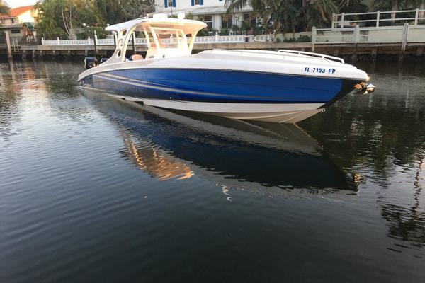 Picture Of: 38' Renegade 38 2015 Yacht For Sale | 1 of 82