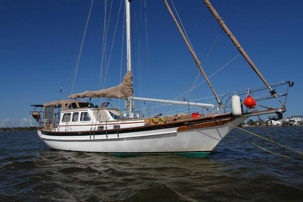 38' Cabo Rico 38 Pilothouse Cutter 1999 | Lee Sea Anne 1